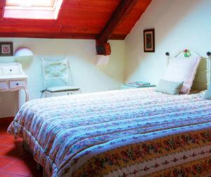 {:gb}A picture of a Bedroom in an Apartment at Marchanta{:}{:pt}Uma foto de um quarto em um apartamento no Marchanta{:}